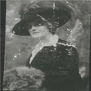 1917 Press Photo Mrs. Oliver Harriman Relief Antilles