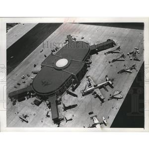 1961 Press Photo Satellite building 7 of Los Angeles International Airport