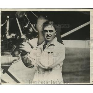 1929 Press Photo Robert Walker Co-Pilot of Seattle Plane - neo12131