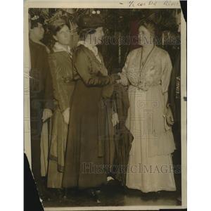 1916 Press Photo Mrs T Edison Receiving Delegates of Federation of Women's Clu