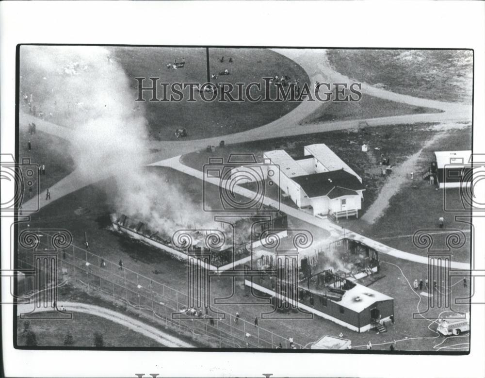 Large 1981 Press Photo Prison Riot Fires At Jackson Prison