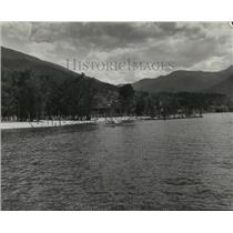 1955 Press Photo Beach on a lake in British Columbia. - spa68799