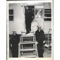 1942 Press Photo Rear Admiral Hugo W. Osterhaus Looks Over Sub Hunter