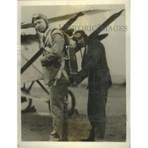 1927 Press Photo Congressman Swing Wears Parachute with Designer, J.M. Russell