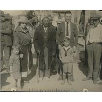 1923 Press Photo Gibbons family visits the Indian reservation at Browning, MT