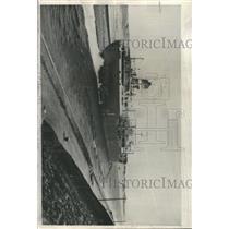 1957 Press Photo Fina Canada Taker Ship Suez Canal - RRX96427