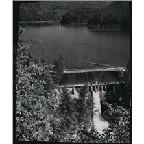 1954 Press Photo Sullivan Lake and dam about 14 miles east of Metaline Falls