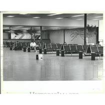 1983 Press Photo Midway Airport Building Terminal airpo- RSA06661