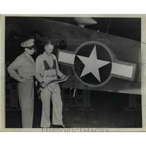 1943 Press Photo Col Thomas Hastey & Maj Clark Coleman USAAC - nem38947