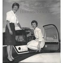 1964 Press Photo Mrs Harry Harper & Mrs Shirl P. Shinn, Powder Puff Derby fliers