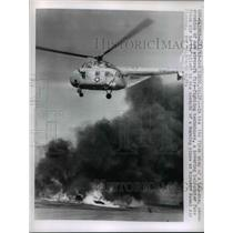 1962 Press Photo Two-Step Demonstration of New Aircraft Fire-Fighting Techniques