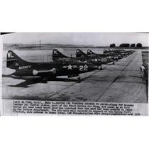 1950 Press Photo F9F Gruman Panther jet fighter planes, lined up at Marine base.