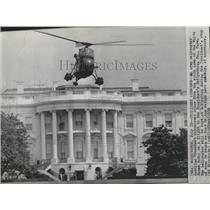 1958 Press Photo Army Helicopter with President Eisenhower and White House