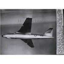 1956 Press Photo Britain's four-jet Vickers Valiant bomber - spw11688