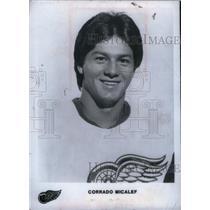 1982 Press Photo Detroit Red Wings Corrado Micalef - RRX39367