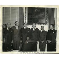 1940 Press Photo Aviation Companies Send Reps to Discuss 50,000-Plane Program