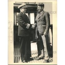 1938 Press Photo Doug Corrigan takes course in navigation from Capt. Richmond