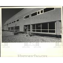 1984 Press Photo Concessions Building at Mitchell Airport in Milwaukee