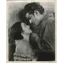 1927 Press Photo Actors Janet Gaynor and Charles Farrell - mjx37037