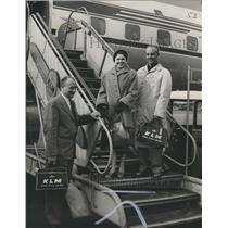 "1958 Press Photo Mr. and Mrs. Louis C. Bristow, ""Magic Flight"" winner- Amsterdam"