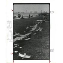 1990 Press Photo Airplane auction at Academy of Model Aeronautics Rally