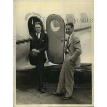 1934 Press Photo Pilot Earl Ward and Passenger Ira Sloniger in Vultee Plane