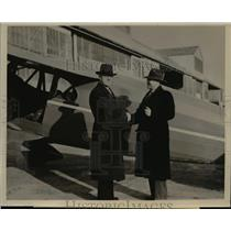 1940 Press Photo Paul L. McMullen, with Paul D. Smith,at the start of their trip