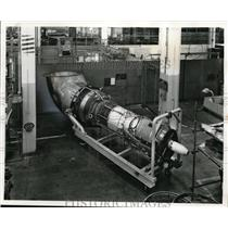 1961 Press Photo First large aircraft engine to be converted at sea, Cincinnati.