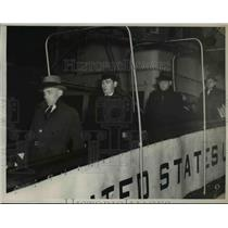 1937 Press Photo Simpson Freed Here on S.S. Pres. Roosevelt - nee07566