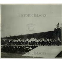 1930 Press Photo Ced Solrols and Slovenions, Thomas gymnasics - cvb65573