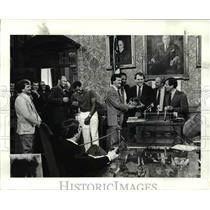 1985 Press Photo Cavs players live it up after receiving the key to the city