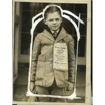 1926 Press Photo Edwin Marshall Takes 1st Prize in NEA Service Contest