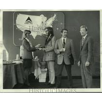 1974 Press Photo Delta Airlines staff & customers at new office on O'Keefe Ave.