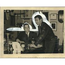 1939 Press Photo Douglas Corrigan with Mayor Maestri in New Orleans City Hall