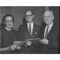 1964 Press Photo Federal Aviation Agency Honors Outstanding Employees