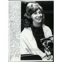 1974 Press Photo Julia Ann Gibson, wife of pilot, Edward G. Gibson. - spw08272