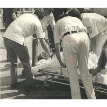 1971 Press Photo Injured Patient Taken From Plane Crash in Alabama - abna10450