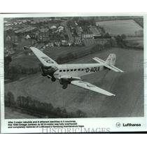 1991 Press Photo Lufthansa Airlines 1936 Vintage Junkers Ju 52 in Flight.
