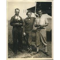 Press Photo Fred Jones pose with Geo Hutchinson and Albert Graham - sba22990