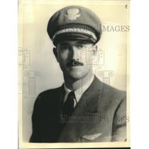 Press Photo Captain John Graves pilot of missing airliner - sba23939