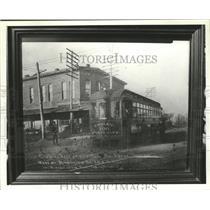 1901 Press Photo Men beside trolley in Ensley, Alabama - abna11913