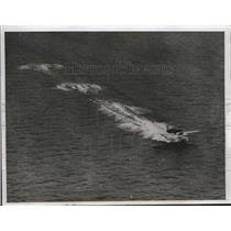 1933 Press Photo Lockheed monoplane of Col & Mrs Charles A Lindbergh - nef70231