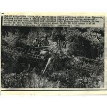 1971 Press Photo Detla Airlines Pilot John C. Loomis' Crop Duster Crash Site