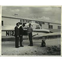 1965 Press Photo William E. Paulus, Aircraft Packaging Company to ship a plane