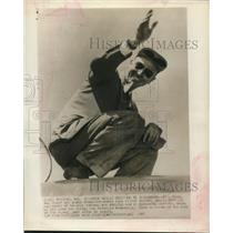 1947 Press Photo Bill Odum after round the world solo flight record - sba26129