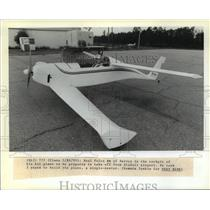 1989 Press Photo Neal Fulco in cockpit of single-seater plane he built, Slidell