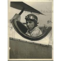 1927 Press Photo Roger Wolfe Kahn son of orchestra leader in cockpit of plane
