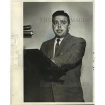 1982 Press Photo Frank Feroni speaks at Federal Aviation hearing - nob04493