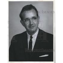 1964 Press Photo Walter Wiesman, NASA, Huntsville, Alabama - abna17458