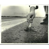 1979 Press Photo Hole in New Orleans International Airport runway - nob02689